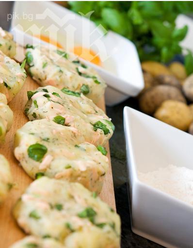 Картофени палачинки със сьомга